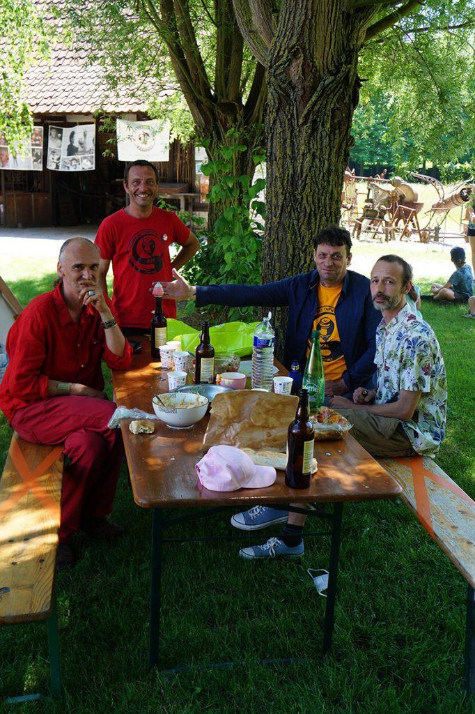 festival-toupies-du-monde-jeux-en-bois-Toupieshop